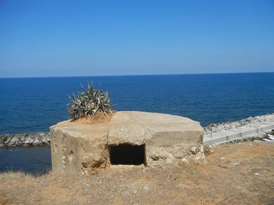 bunker sul mare - TRAPPETO - inserita il 05-Aug-15