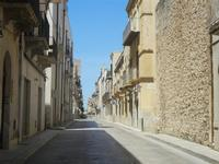 Corso 6 Aprile (cassaru strittu) - 2 giugno 2012  - Alcamo (227 clic)