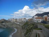 scorcio della città, spiaggia Praiola e mare mosso - 15 aprile 2012  - Terrasini (1166 clic)