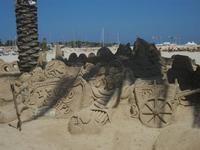 castelli di sabbia - sculture sulla sabbia di Iannini Antonio, scultore napoletano sanvitese - 18 agosto 2012  - San vito lo capo (301 clic)