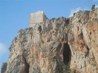 falesia e torre di avvistamento - 8 aprile 2012  - Macari (537 clic)
