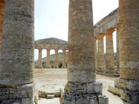 il tempio - 5 agosto 2012  - Segesta (1143 clic)