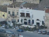locali sul porto - 8 maggio 2012  - Castellammare del golfo (434 clic)