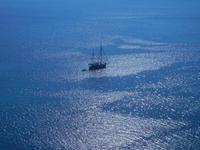 vista sul mare e veliero dal Belvedere - 23 agosto 2012  - Macari (475 clic)