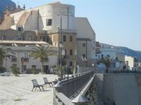 Piazza Petrolo e Chiesa Madre vista dal retro - 23 marzo 2012  - Castellammare del golfo (438 clic)