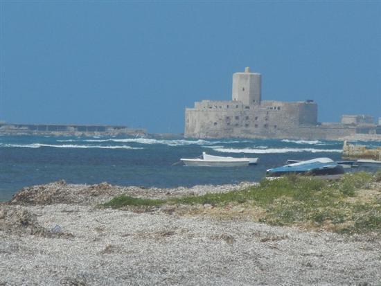 Castello della Colombaia di Trapani visto da Nubia - NUBIA - inserita il 04-Jun-14