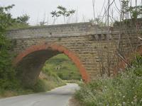ponte ferroviario - 20 maggio 2012  - Gibellina (623 clic)