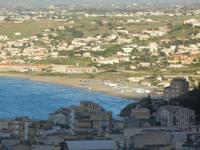 scorcio della città e Spiaggia Plaja - 8 maggio 2012  - Castellammare del golfo (434 clic)