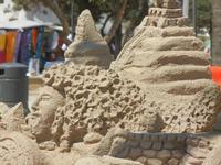 castelli di sabbia - sculture sulla sabbia di Iannini Antonio, scultore napoletano sanvitese - 18 agosto 2012  - San vito lo capo (260 clic)