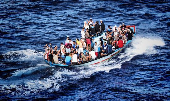 migranti - LAMPEDUSA - inserita il 25-Mar-14