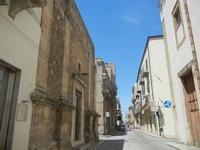 Corso 6 Aprile (cassaru strittu) - 2 giugno 2012  - Alcamo (253 clic)