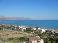 Zona Plaja - panorama ovest del Golfo di Castellammare - 19 giugno 2012  - Alcamo marina (290 clic)