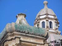 cupola e campanile della Chiesa di San Giuseppe - centro storico - 9 settembre 2012  - Marsala (1199 clic)