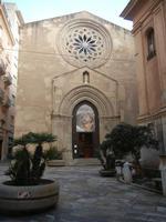Piazzetta Saturno e Chiesa di Sant'Agostino - 12 febbraio 2012  - Trapani (1302 clic)
