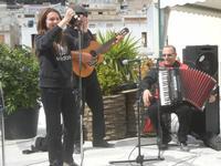 Festa di Primavera - Sagra della salsiccia, del pane cunzato e dell'arance di Calatafimi Segesta - 22 aprile 2012  - Calatafimi segesta (437 clic)