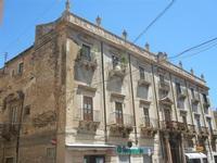 Palazzo del Barone Pastore - 2 giugno 2012  - Alcamo (306 clic)