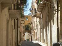 via con arco - 2 giugno 2012  - Alcamo (223 clic)