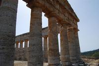 il tempio - 5 agosto 2012 - Foto di Nicolò Pecoraro  - Segesta (1082 clic)