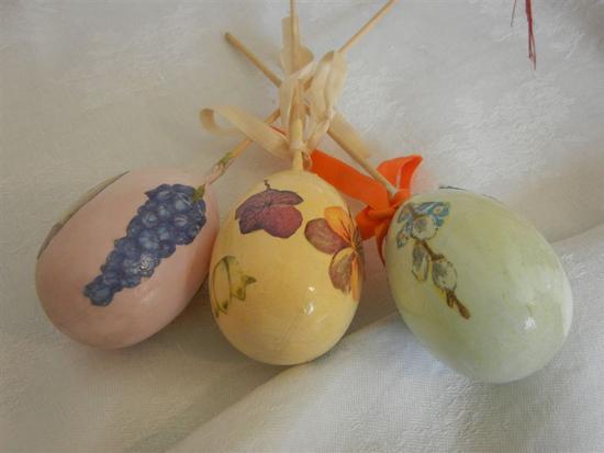 uova decorate per le festività pasquali - CASTELLAMMARE DEL GOLFO - inserita il 09-May-14
