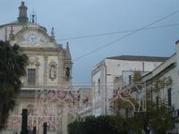 luminarie in Piazza Ciullo - Chiesa del Gesù - 11 marzo 2012  - Alcamo (689 clic)