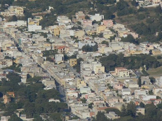 panorama della città dal monte Erice - VALDERICE - inserita il 11-Mar-15