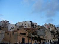 case sul porto - 20 settembre 2012  - Castellammare del golfo (360 clic)