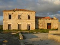 ex stazione ferroviaria - 26 febbraio 2012  - Sambuca di sicilia (1976 clic)