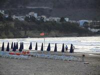 ombrelloni in riva al mare - Spiaggia Plaja -20 settembre 2012  - Castellammare del golfo (848 clic)