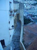 scalinata che scende al porto - 16 settembre 2012  - Castellammare del golfo (220 clic)