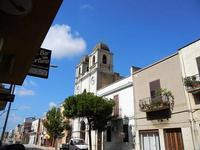 Contrada Strasatti via principale e chiesa - 21 settembre 2012  - Marsala (599 clic)