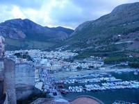 porto, città e monti - 16 settembre 2012  - Castellammare del golfo (207 clic)