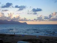panorama ovest del golfo di Castellammare al tramonto - Zona Canalotto - 16 settembre 2012  - Alcamo marina (300 clic)