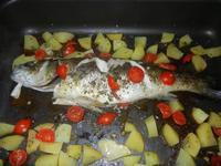 spigola con patate al forno - 14 settembre 2012  - Alcamo (1191 clic)