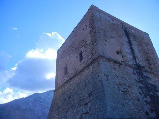 Torre Pozzillo - CINISI - inserita il 09-Dec-16