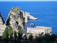 faraglioni e tonnara - 21 settembre 2012  - Scopello (1025 clic)