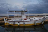 Saline e Imbarcadero Storico per l'Isola di Mozia - barca e riflessi - 29 gennaio 2012 - foto di Nicolò Pecoraro  - Marsala (512 clic)