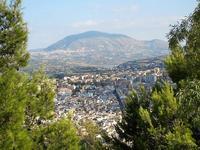 panorama dal Belvedere - città - Alcamo e monte Bonifato all'orizzonte - 21 settembre 2012  - Castellammare del golfo (494 clic)