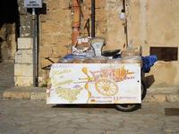 calia e simenza - bancarella della frutta secca - 21 settembre 2012  - Scopello (2494 clic)