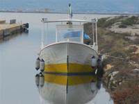 Imbarcadero Storico per l'Isola di Mozia barca e riflessi - 29 gennaio 2012  - Marsala (557 clic)