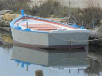Imbarcadero Storico per l'Isola di Mozia barca e riflessi - 29 gennaio 2012  - Marsala (453 clic)