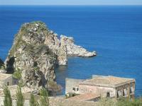 faraglioni e tonnara - 6 maggio 2012  - Scopello (598 clic)