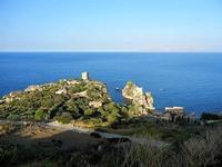 torri di avvistamento, faraglioni e tonnara - 21 settembre 2012  - Scopello (2232 clic)