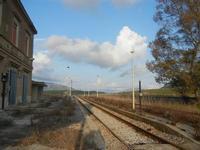 ex stazione ferroviaria - 4 marzo 2012  - Bruca (783 clic)