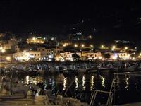 al porto di sera barche e scorcio della città - 18 settembre 2012  - Castellammare del golfo (274 clic)