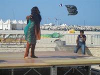 4° Festival Internazionale degli Aquiloni - I Soffi del Mondo, danze di differenti paesi a cura dell'Associazione Interculturale Narramondi Onlus - 24 maggio 2012  - San vito lo capo (224 clic)