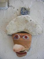 Cortile Carini - Laboratorio di Cocci per bambini - particolare - 6 settembre 2012  - Sciacca (1193 clic)