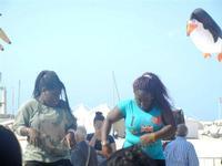 4° Festival Internazionale degli Aquiloni - I Soffi del Mondo, danze di differenti paesi a cura dell'Associazione Interculturale Narramondi Onlus - 24 maggio 2012  - San vito lo capo (250 clic)