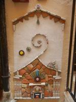 Cortile Carini - Laboratorio di Cocci per bambini - particolare - 6 settembre 2012  - Sciacca (352 clic)
