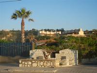 Spiaggia Plaja - case in collina viste dal lungomare - 6 giugno 2012  - Castellammare del golfo (285 clic)