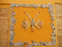 Cortile Carini - Laboratorio di Cocci per bambini - particolare - 6 settembre 2012  - Sciacca (439 clic)